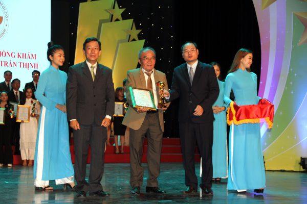 Phòng Khám Da Liễu Trần Thịnh Đạt Danh Hiệu Top 100 Thương Hiệu ASEAN 2019